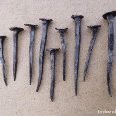 Antigüedades: LOTE DE 9 ANTIGUOS CLAVOS DE HIERRO FORJADO. 7-4,5 CM. S. XVIII-XIX. Lote 156581990