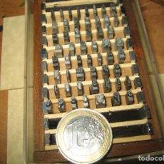Antigüedades: IMPRENTA, LETRAS DE PLOMO, CAJITA ABECEDARIO 12 IBARRA, MINÚSCULA Y NUMEROS. Lote 156597466