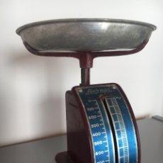 Antigüedades: BALANZA BASCULA BERNAR ANTIGUA. Lote 148282785