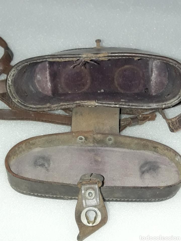 Antigüedades: ANTIGUA GUARDA PRISMATICOS EN PIEL Y MADERA - Foto 4 - 157128244