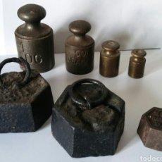 Antigüedades: UN LOTE DE 7 PESAS ANTIGUAS. Lote 157360597