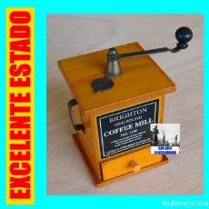 Antigüedades: BRIGHTON ONE POUND COFFEE MILL NO. 1180 - PRECIOSA MINIATURA DE MOLINILLO DE CAFÉ A ESCALA - RARA. Lote 157119230