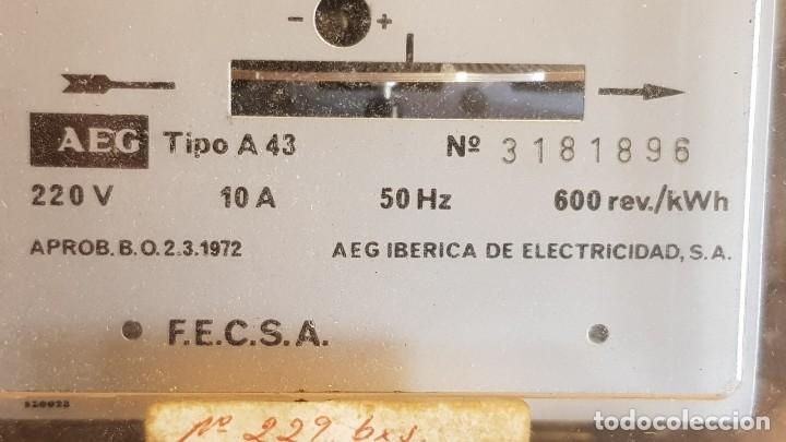 Antigüedades: CONTADOR MONOFÁSICO 2 HILOS / AEG IBÉRICA DE ELECTRICIDAD / AÑO 1972 / COMO NUEVO / CON PRECINTOS. - Foto 2 - 157689542