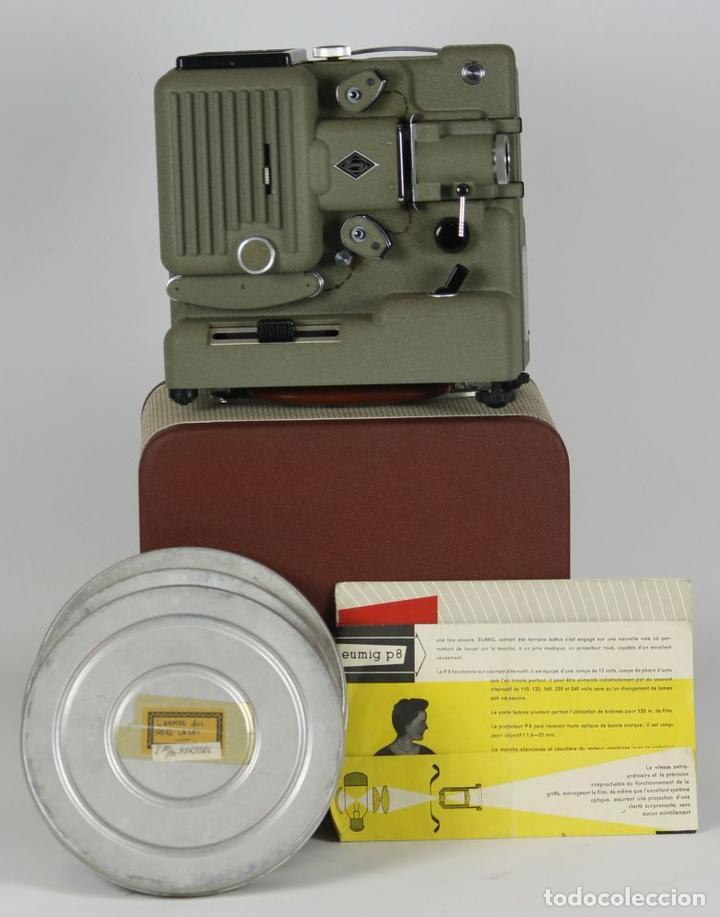 PROYECTOR EUMIG P8 IMPERIAL. MADE IN AUSTRIA. MALETA ORIGINAL. CIRCA 1950. (Antigüedades - Técnicas - Aparatos de Cine Antiguo - Proyectores Antiguos)