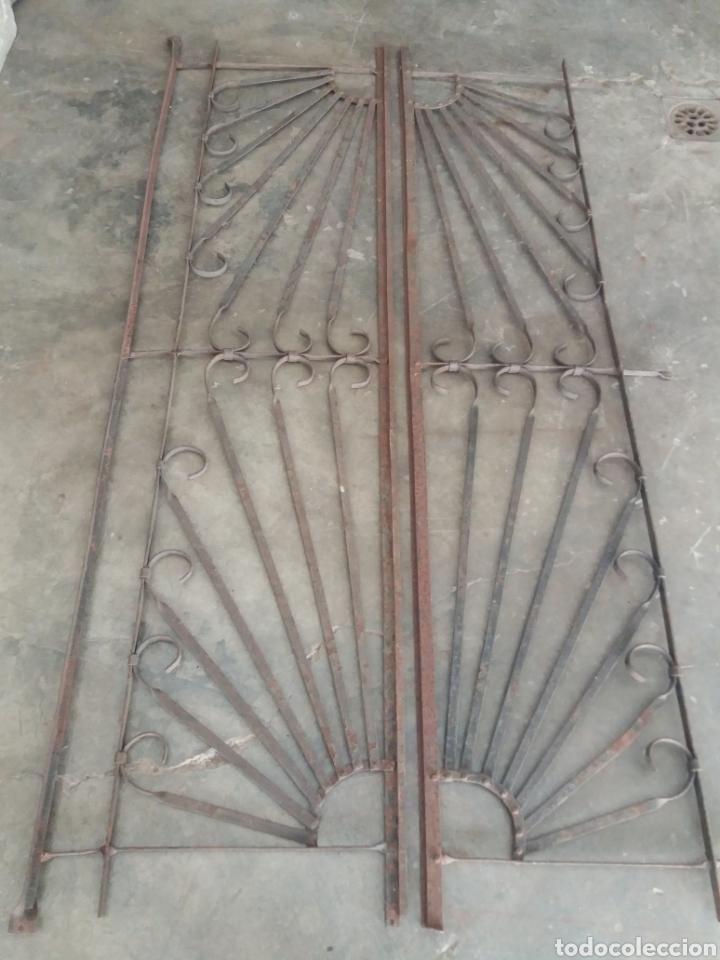 Antigüedades: Reja o puerta de hierro - Foto 3 - 157721342