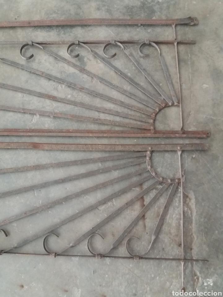 Antigüedades: Reja o puerta de hierro - Foto 6 - 157721342