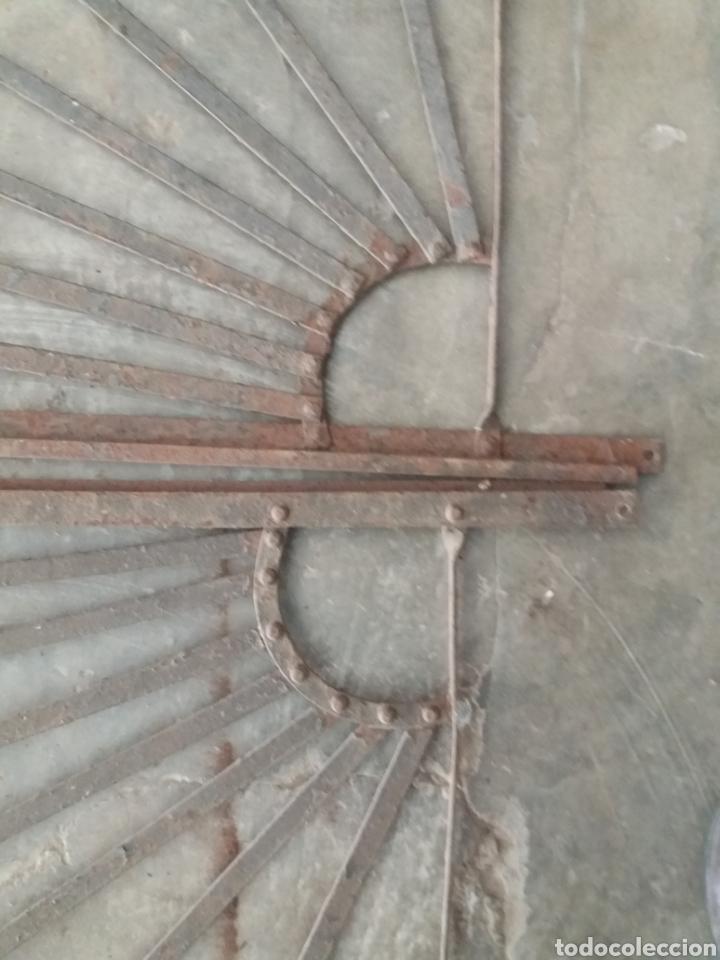Antigüedades: Reja o puerta de hierro - Foto 7 - 157721342