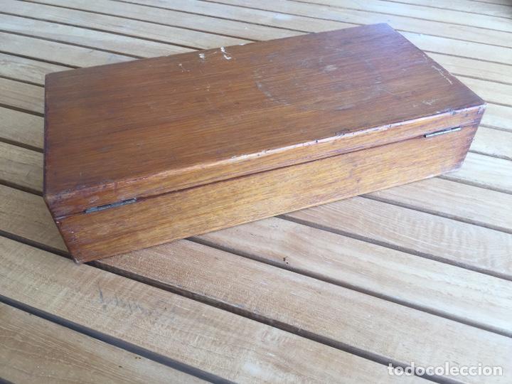 Antigüedades: Colección de instrumental médico en caja de madera. Principios s. XX - Foto 10 - 157810520