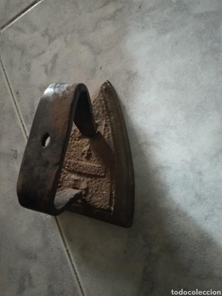 Antigüedades: Plancha hierro 4 - Foto 2 - 158009302