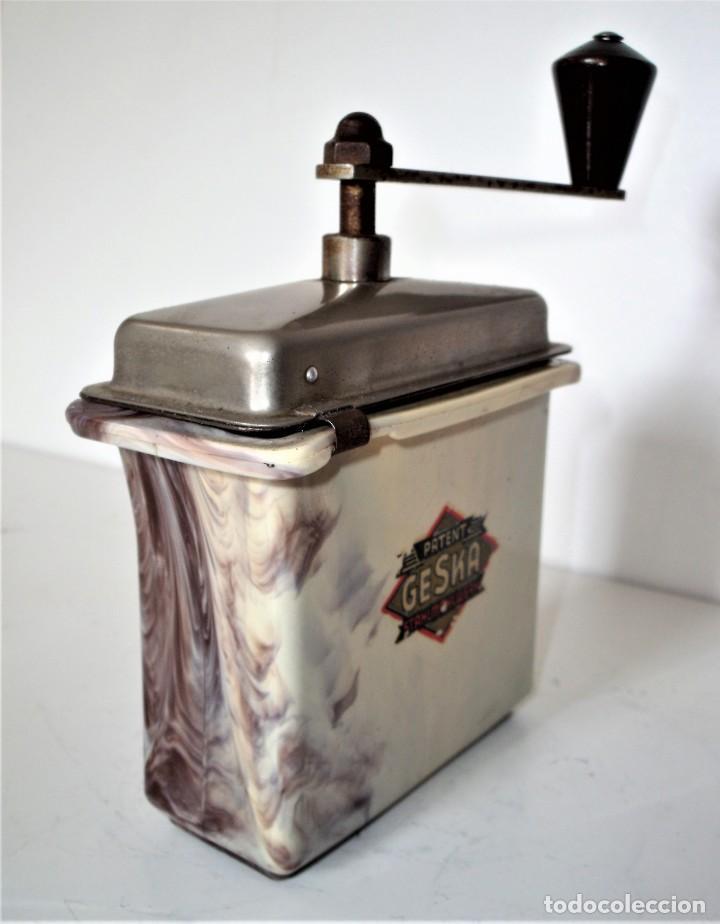 Antigüedades: 3 MOLINILLOS DE CAFÉ MARCA GESKA. MODS. LUXUX MOKKA, FORTSCHRIT, Y CAMPING. ALEMANIA. CA. 1949/1955 - Foto 16 - 158025114