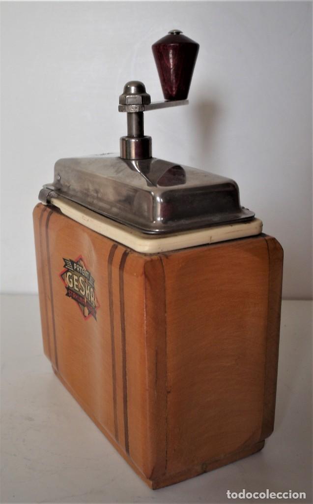 Antigüedades: 3 MOLINILLOS DE CAFÉ MARCA GESKA. MODS. LUXUX MOKKA, FORTSCHRIT, Y CAMPING. ALEMANIA. CA. 1949/1955 - Foto 30 - 158025114