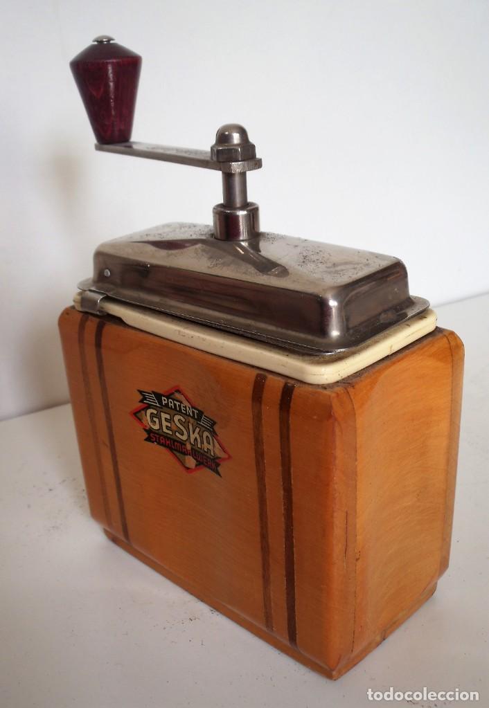 Antigüedades: 3 MOLINILLOS DE CAFÉ MARCA GESKA. MODS. LUXUX MOKKA, FORTSCHRIT, Y CAMPING. ALEMANIA. CA. 1949/1955 - Foto 31 - 158025114