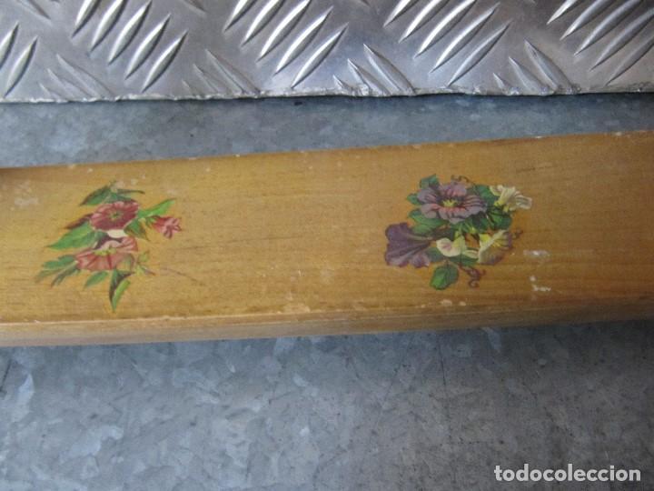 Antigüedades: Lote 3 Antiguos bastidores de madera para bordar - Foto 11 - 195069217
