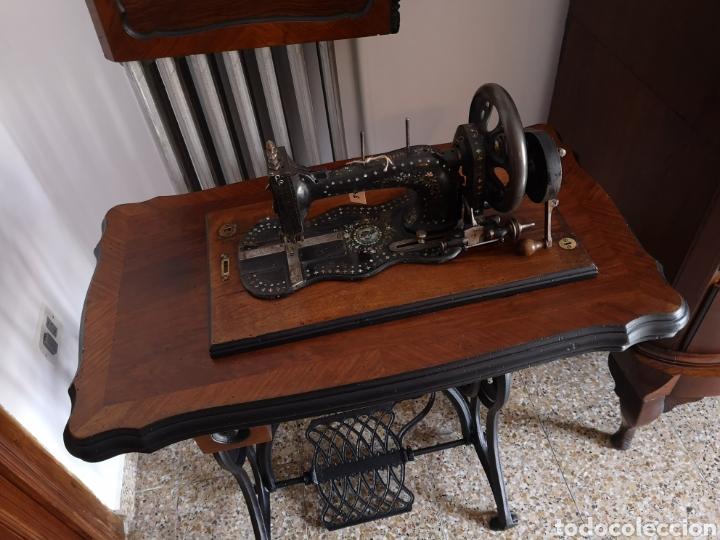 MÁQUINA DE COSER (Antigüedades - Técnicas - Máquinas de Coser Antiguas - Wertheim )