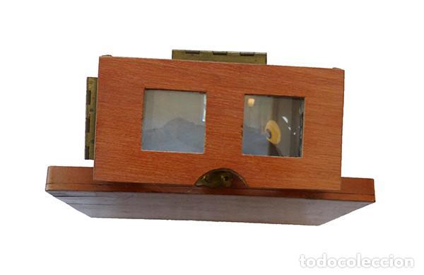 Antigüedades: Visor estereoscópico plegable - Foto 3 - 158417446