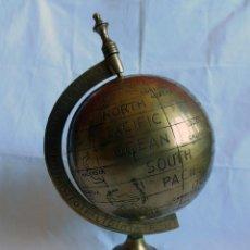 Antigüedades: GLOBO TERRAQUEO - BOLA DEL MUNDO EN BRONCE. Lote 158506374