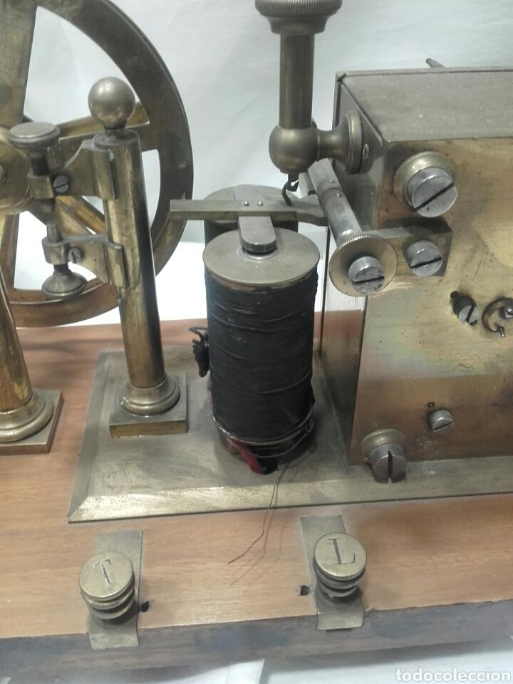 Antigüedades: MAGNÍFICO TELÉGRAFO, USADO EN ESTACIONES DE RENFE ANTES DEL TELÉFONO. Serie L 3-27 Número 19542. - Foto 7 - 158525146