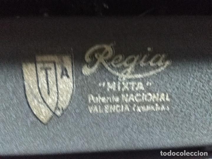Antigüedades: MUY ANTIGUA MAQUINA DE ESCRIBIR MARCA REGIA MIXTA,BUEN ESTADO - Foto 4 - 158671446