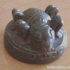 Antigüedades: BIRMANIA: PONDERAL - PESO DEL OPIO. TRIÁNGULO DE ORO / S. XIX 36,75 GRS.. Lote 109993970