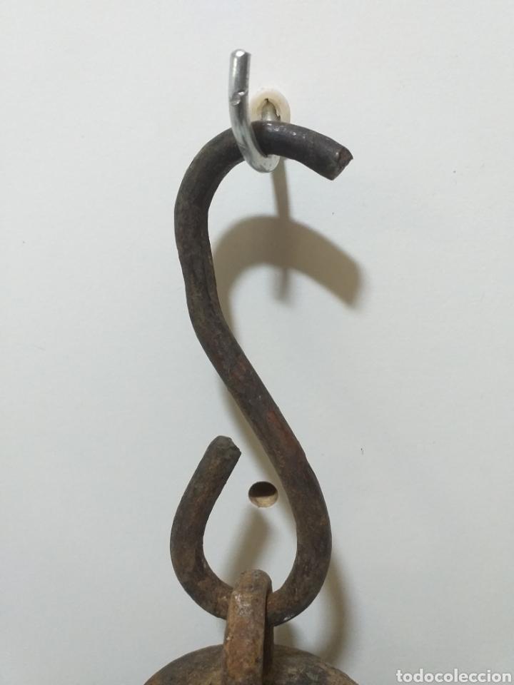 Antigüedades: Rara contrapesa de hierro fundido, creo que es de barco, pero no estoy seguro. Antigua y muy bonita. - Foto 2 - 158739574