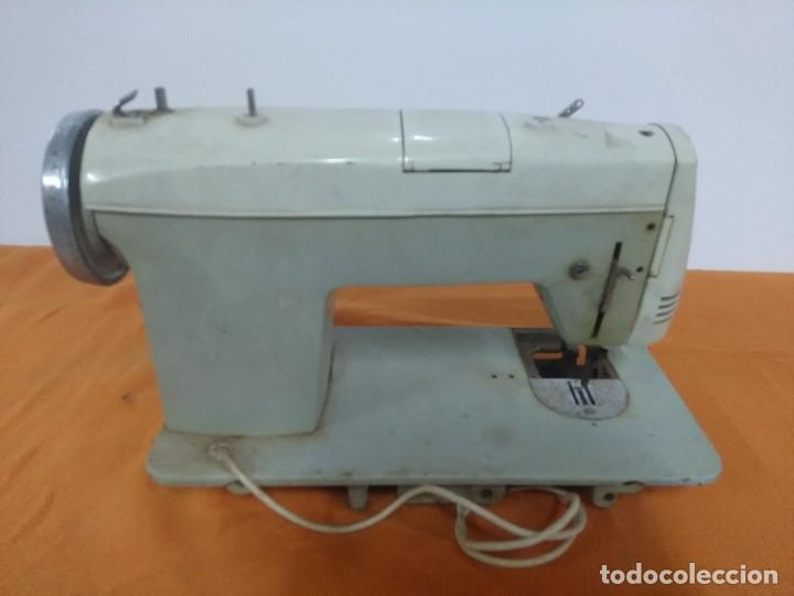 Antigüedades: Máquina de coser antigua Sigma super-automática antigua - Foto 4 - 158795498