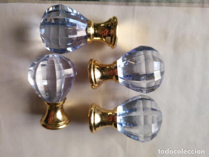 4 TIRADORES O POMOS 3,5 CM Y METAL . CAJONES MUEBLES COMODAS ETC LEER (Antigüedades - Técnicas - Cerrajería y Forja - Tiradores Antiguos)