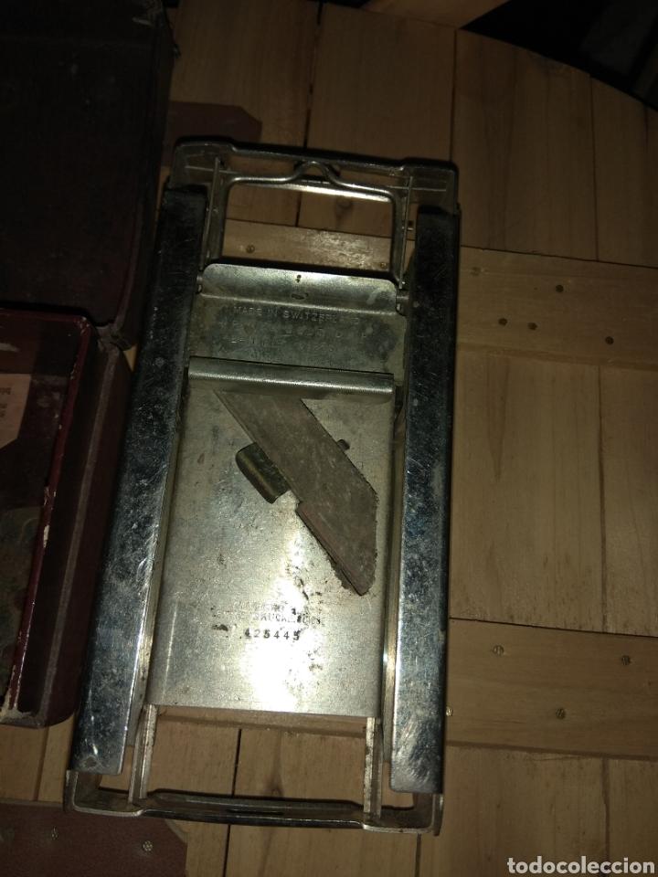 Antigüedades: Pareja de Máquinas Allegro para Afilar Cuchillas - Hojas de Afeitar - - Foto 3 - 159093332