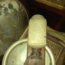 Antigüedades: ANTIGUO MOLINILLO DE CAFÉ ELMA DE PARED. Lote 159122776