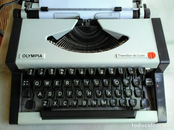 Antigüedades: Máquina de escribir antigua Olympia traveller de luxe - Foto 4 - 159138210