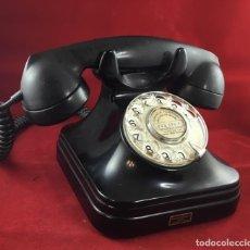 Telefone - Antiguo teléfono de baquelita español, 5523A, de Standard Eléctrica, para la CTNE - 159188234