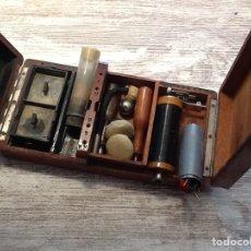 Antigüedades: CAJA MÉDICA SIGLO XIX INDUCCIÓN. Lote 159203242