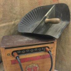 Antigüedades: EXCEPCIONAL SOLDADOR ANTIGUO, COMPLETO. BUEN ESTADO. ARTISANARC, CAJA ORIGINAL DE MADERA. J&G HAMAL. Lote 159500034
