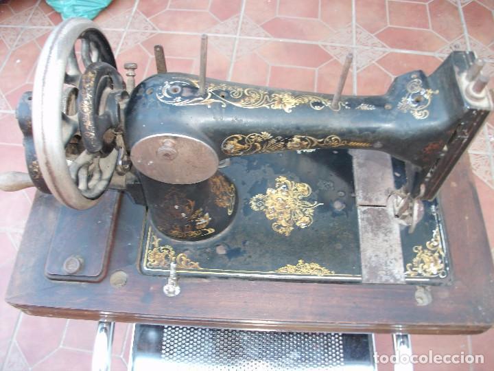 ANTIGUA MAQUINA COSER MANUAL (Antigüedades - Técnicas - Máquinas de Coser Antiguas - Singer)