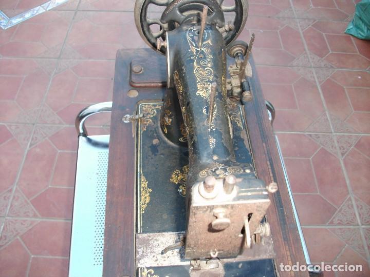 Antigüedades: ANTIGUA MAQUINA COSER MANUAL - Foto 2 - 159575538