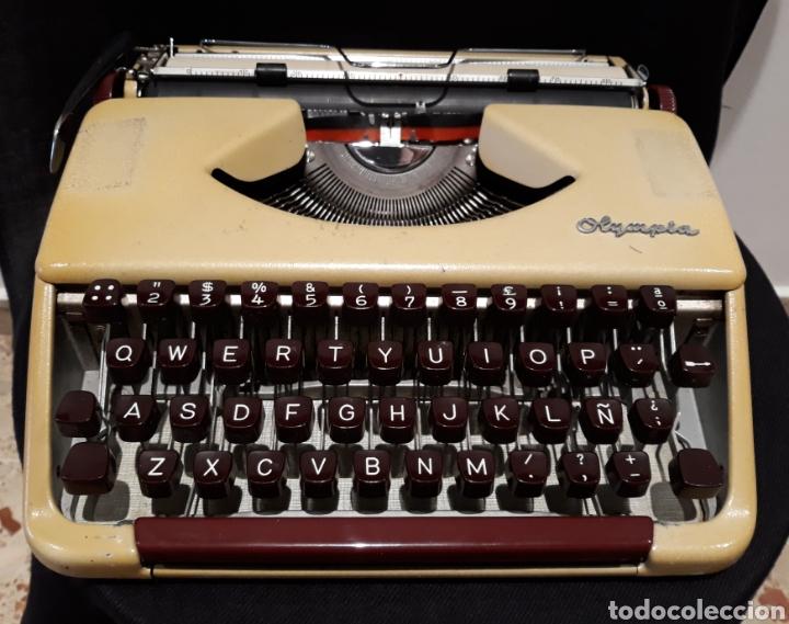 ANTIGUA MÁQUINA DE ESCRIBIR (Antigüedades - Técnicas - Máquinas de Escribir Antiguas - Olympia)