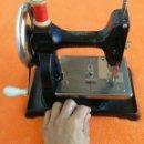Antigüedades: MAQUINA DE COSER ( LITTLE WORKER ) AÑO 1912 !! EXCELENTE CONSERVACIÓN SOLO SE FABRICARON 10.000 UND.. Lote 160660930