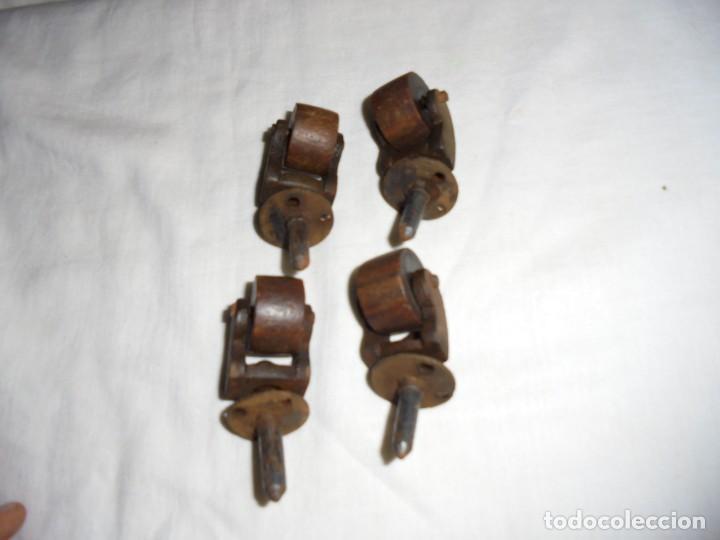 Antigüedades: 4 ANTIGUAS RUEDAS DE HIERRO Y MADERA - Foto 8 - 159902606
