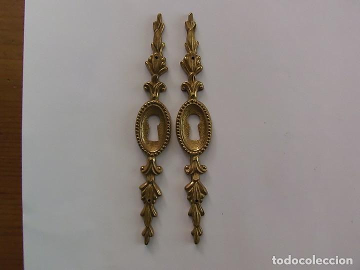 Antigüedades: Pareja de bocallaves dorados - Foto 2 - 159967286