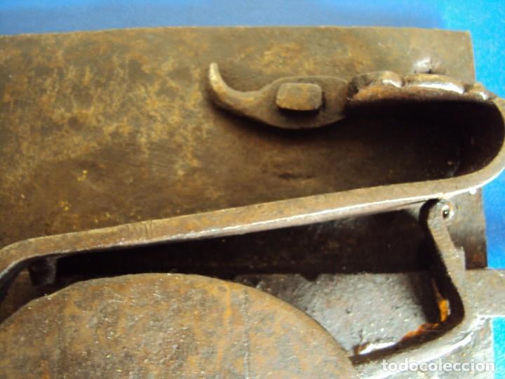 Antigüedades: (ANT-190490)CERRADURA CON LLAVE DE FORJA - SIGLO XVIII-XIX - FUNCIONANDO - Foto 6 - 160244966