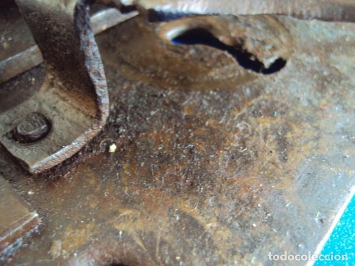 Antigüedades: (ANT-190490)CERRADURA CON LLAVE DE FORJA - SIGLO XVIII-XIX - FUNCIONANDO - Foto 8 - 160244966