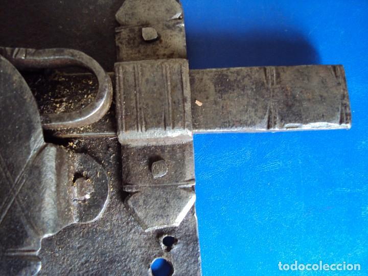 Antigüedades: (ANT-190491)CERRADURA CON LLAVE DE FORJA - SIGLO XVIII-XIX - FUNCIONANDO - Foto 7 - 160245394