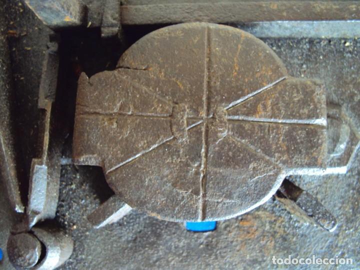 Antigüedades: (ANT-190493)CERRADURA CON LLAVE DE FORJA - SIGLO XVIII-XIX - FUNCIONANDO - Foto 8 - 160246362