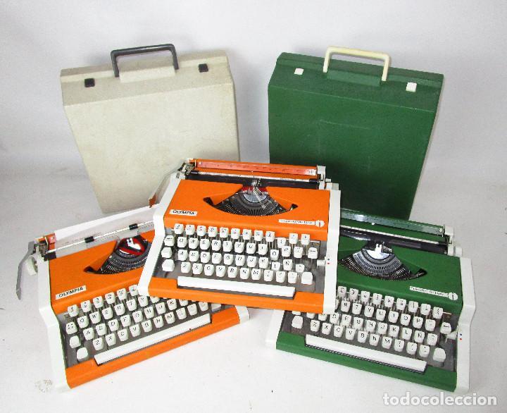 LOTE 3 MAQUINAS DE ESCRIBIR ANTIGUAS VINTAGE POP OLYMPIA TRAVELER DE LUXE (Antigüedades - Técnicas - Máquinas de Escribir Antiguas - Olympia)