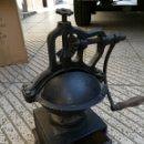 Antigüedades: GRAN MOLINILLO DE CAFÉ SIGLO XIX. Lote 160726849