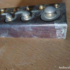 Antigüedades: JUEGO DE PESAS. Lote 160728342