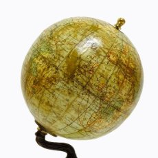 Antigüedades: 1880 - IMPORTANTE GLOBO LEBEGUE MINIATURA 8CM. ENORME CANTIDAD DE INFORMACIÓN CARTOGRÁFICA. Lote 160794242