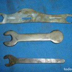 Antigüedades: LLAVES PLANAS ORIGINALES - 3 UNIDADES. Lote 161168006