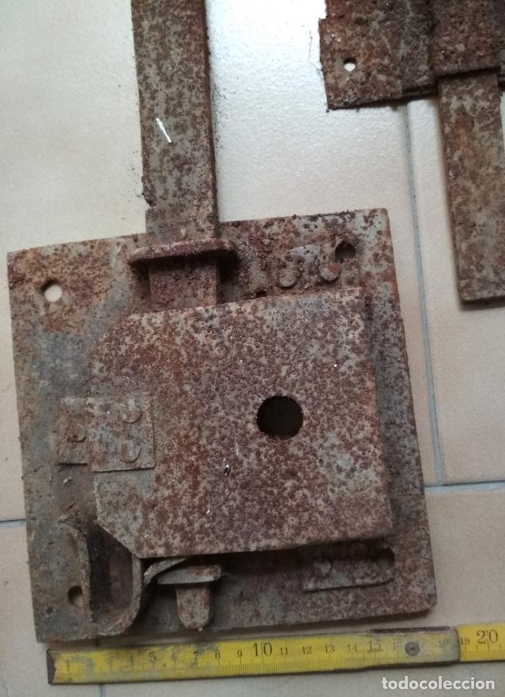 Antigüedades: LOTE 15 CERRAJAS HIERRO ANTIGUAS Siglos. XVIII-XIX Y XX. PARA RESTAURACIONES. - Foto 6 - 161261498