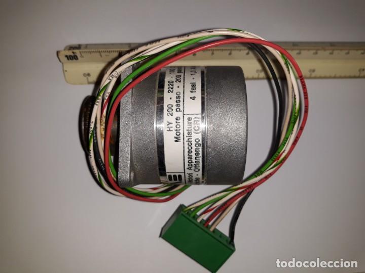 MOTOR PAP PASO A PASO MAE HY 200 PASO GIRO STEPPING MOTOR ROBOT ELECTRÓNICA INDUSTRIA DECORACION (Antigüedades - Técnicas - Herramientas Profesionales - Electricidad)