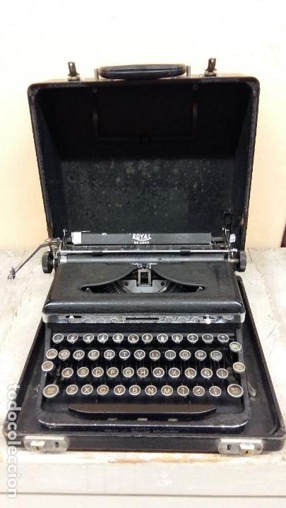 MAQUINA DE ESCRIBIR ROYAL DE LUXE, AÑOS 30 (Antigüedades - Técnicas - Máquinas de Escribir Antiguas - Royal)